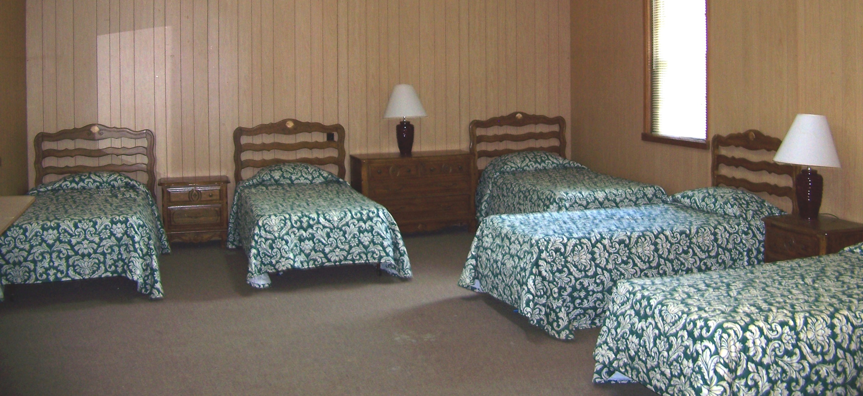 Bedroom For Two Twin Beds Lodging Garaywa Camp And Conference Center